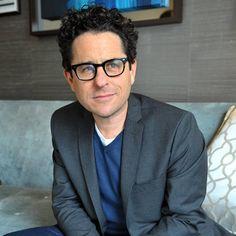 """Entrevista: J.J. Abrams diz que novo Star Trek """"é sobre lealdade, morte, sacrifício"""" - http://rollingstone.uol.com.br/noticia/jj-abrams-diz-que-novo-istar-treki-e-sobre-lealdade-morte-sacrificio/ …"""