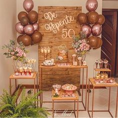 Check out tips infallible for your party 50 years to be a great success and inspire yourself with dozens of decorating suggestions for you to create yours! Rustic Birthday Parties, Moms 50th Birthday, 50th Birthday Party Decorations, Elegant Birthday Party, Gold Birthday Party, 50th Party, Birthday Woman, 50th Birthday Ideas For Women, Birthday Balloons