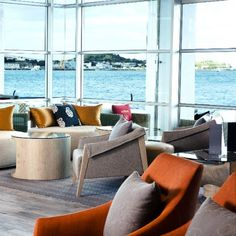 [akl] With breathtaking harbour views, five-star service, and an alluring cocktail list we couldn& be more excited about Bellini& makeover. Auckland, Bellini Bar, Cocktail List, Night Life, Places To Go, Couch, High Tea, Star, Furniture