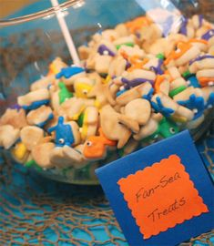 ideas for bubble guppie food and decor