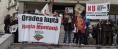 Marsul Rosia Montana din această duminică a ajuns în faţa Agenţiei de Protecţie a Mediului Bihor, de pe Bulevardul Dacia. Acolo, protestatarii şi-au făcut cunoscută încă o dată poziţia, în faţa orădenilor ieşiţi la balcoane.