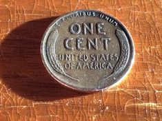 Have you heard about the rare 1943 penny worth 6 figures in the news? It's true, you can find these pennies in everyday pocket change! Here's how to tell if you have one, how to find it (and other rare pennies), and how to spot a fake 1943 copper penny. Valuable Pennies, Rare Pennies, Valuable Coins, 1943 Penny, Wheat Penny Value, Old Coins Worth Money, Penny Values, Wheat Pennies, Copper Penny