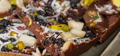 Fruit and Nut Chocolate - Dr Libby - Healthy Recipes Healthy Sweet Treats, Healthy Desserts, Healthy Recipes, Alkaline Recipes, Real Food Recipes, Snack Recipes, Yummy Food, Food Articles, Sugar Free Desserts