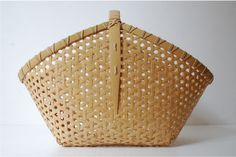 Basket by ojiro miho.   Simply beautiful.