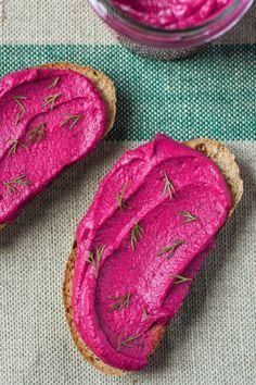 jadłonomia • roślinne przepisy: Pasta z pieczonych buraków i fasoli