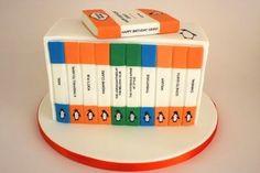 A Penguin Classics cake.