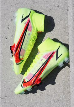 Best Soccer Cleats, Girls Soccer Cleats, Soccer Boots, Football Gear, Football Cleats, Football Boots, Souliers Nike, Soccer Training Drills, Nike Motivation
