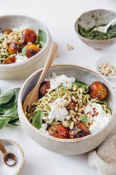 Veggie Recipes, Vegetarian Recipes, Healthy Recipes, Good Food, Yummy Food, Healthy Grilling, Greens Recipe, Easy Weeknight Meals, Eating Habits