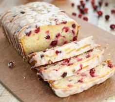Looking for the best Cranberry Orange Bread recipe ever? This yogurt bread is packed with cranberry and orange flavor and it is perfect for the holidays. Köstliche Desserts, Delicious Desserts, Dessert Recipes, Yummy Food, Tasty, Loaf Recipes, Cooking Recipes, Easy Recipes, Vegetarian Recipes