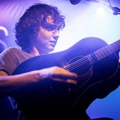 Watch the live performance of #Dan_Owen at #Paradiso in #Amsterdam, on 2 March 2017. Click here to get more details..