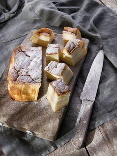 750 grammes vous propose cette recette de cuisine : Gâteau magique à la vanille.  http://www.750g.com/gateau-magique-a-la-vanille-r88074.htm #magiccake #gateaumagique #750g #750grammes