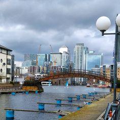 Views of a cloudy Canary Wharf from the docks #canarywharf #docklands #londonskyline by beccaestewart