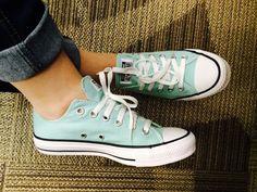 Bia Kanne. Tiffany blue converse