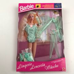 Lot Barbie Fashion Avenue Various Clothing 1995 Vintage Barbie Kleidung, Vintage Barbie Clothes, Laurel Burch, Barbie And Ken, Pink Color, Objects, Miniatures, Lingerie, Summer Dresses