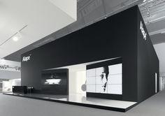black box stand