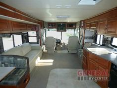 Used 2004 Fleetwood RV Discovery 39L Motor Home Class A - Diesel at General RV | Huntley, IL | #134144