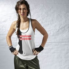 The LM BODYCOMBAT tank is soft, stretchy and wicks the sweat away so you can fight without losing your edge.