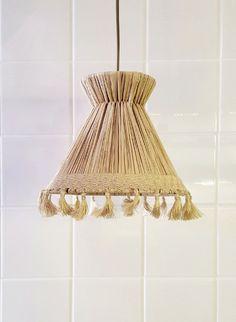Honoré Décoration - Luminaires & miroirs - suspension xs raphia pompon forme…
