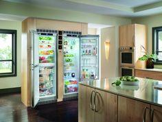 Refrigerador de embutir SBS 241 com BioFresh e freezer, portas em inox, 675 litros, 122 cm de largura. - SBS 241 embutido com os 2 módulos separados. #LIEBHERR #REFRIGERADOR