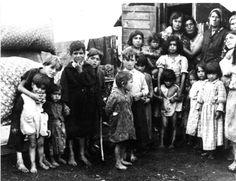 http://specialoperations.com/wp-content/uploads/2017/10/Gypsy-children-auschwitz.jpg