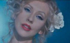 Christina Aguilera - Bound To You (Videoclip)