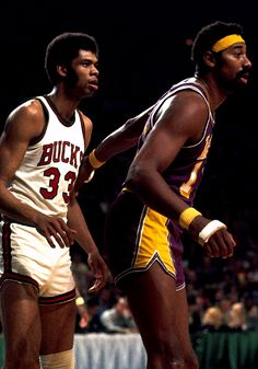 Lew Alcinder later Kareem Abdul-Jabbar playing for the Bucks in the early 1970's against Wilt Chamberlain of the Lakers.