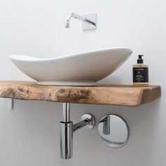 Small Toilet Room, Guest Toilet, Downstairs Toilet, Guest Bathrooms, Small Bathroom, Bathroom Ideas, Ideas Baños, Ideas Para, Bathroom Wallpaper