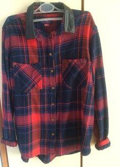 cde989ff82450 Czerwona flanelowa koszula w kratę ,rozmiar M, skórzany kołnierzyk, stan  idealny, ZNIŻKA
