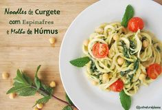 Noodles de curgete com espinafres e humus
