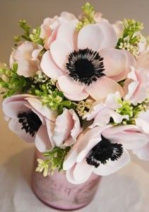 This flower, hydrangea, dahlia, peony and roses are some of my favorites Blush Anemone bouquet black brushstroke centers are modern and crisp! Diy Flowers, Fabric Flowers, Paper Flowers, Beautiful Flowers, Exotic Flowers, Fresh Flowers, Purple Flowers, Flower Colors, Orchid Flowers