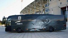 Το νέο πούλμαν του ΠΑΟΚ (video) Crystal Palace Fc, Thessaloniki, Football Fans, Real Madrid, Vehicles, Sports, Greek, Cars, Soccer