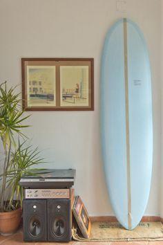 wide stringer surfboard