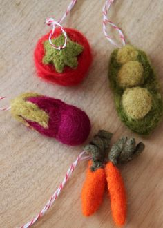 DIY Felted Veggie Christmas Ornaments! --> http://www.hgtvgardens.com/crafts/holiday-craft-felted-vegetable-ornaments?soc=pinterest