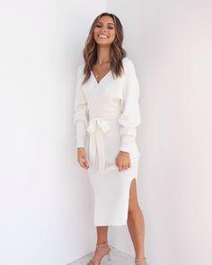 Fashion dresses 585679126525815872 - Source by petalandpup Classy Dress, Classy Outfits, Chic Outfits, Dress Outfits, Fall Outfits, Fashion Dresses, Sweater Dresses, Fashion Kids, Look Fashion