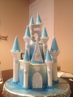 Frozen Birthday Cake using the Wilton Castle Cake Pan set Elsa