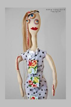 #33 Dafne #handmade #dancing #freaky #dolls #independent #arts #label #2015 #fashion #milan #flowers