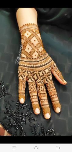 Mhndi Design, Mehndi Images, Henna Designs, Hand Henna, Hand Tattoos, Arm Warmers, Henna Art Designs, Mehndi Pictures