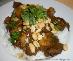 Cate Can Cook, So Can You!!: Massaman Curry and some exciting news!