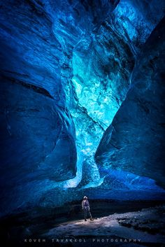 Chrystal Cave - Vatnajökull - Iceland