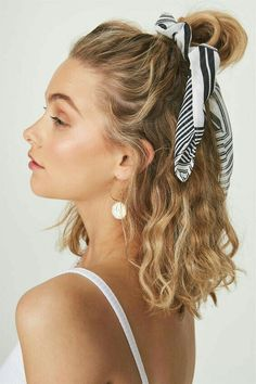 Hair styles wavy hair beauty super Ideas - Hair Ideas - Famous Last Words Hair Inspo, Hair Inspiration, Pretty Hairstyles, Scarf Hairstyles Short, Heatless Hairstyles, Everyday Hairstyles, Athletic Hairstyles, Short Summer Hairstyles, Scrunchy Hairstyles