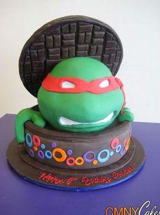 Torta delle Tartarughe Ninja con decorazioni in pasta di zucchero n.51