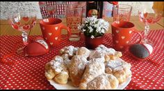 Jana Melas Pullmannová: Valentínske fánky French Toast, Ds, Breakfast, Youtube, Food, Morning Coffee, Meal, Essen, Hoods