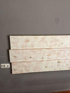 Como hacer nuestro propio cabezal de madera | Decorar tu casa es facilisimo.com Diy, Headboards, Bedrooms, Things To Make, House Decorations, Wood, Beach, Fiestas, Head Boards