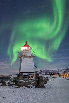 Laukvik Lighthouse | Lofoten Islands | Norway | Photo By Michael Ahrens