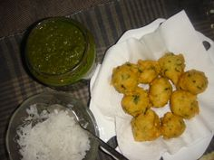 Hi friends !Food is a great indicator of the seasons.Moong Dal Vada is another delicious snack for winter season. The vadas taste is never the same without freshly grated radish served with corian. Protein Rich Snacks, Dal Fry, Coriander Cilantro, Red Chili Powder, Yummy Snacks, Chutney, Cooking Time, Spicy, Vegetarian