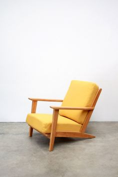 vintage gele Gelderland Rob Parry fauteuil van ons vintage design Amsterdam
