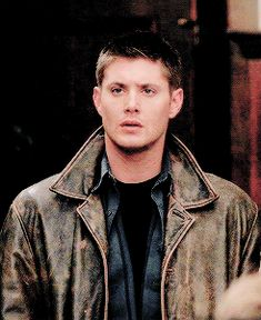 """""""At 4:30 there's the homoerotic subtext of Supernatural."""" - What fourth wall??"""