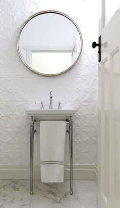 A Vintage Design Detail That'll Never Go Out of Style Tin Tiles, Tin Ceiling Tiles, Modern Shower, Modern Bathroom, Classic Bathroom, Contemporary Bathrooms, Beautiful Bathrooms, Bathroom Design Small, Bathroom Interior Design