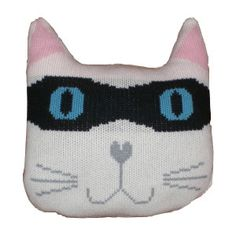 Knitted bandit cat from Knit and Destroy