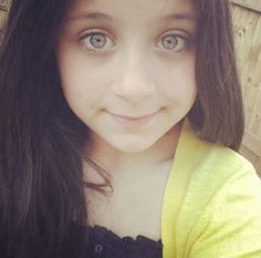 Safaa is gorgeous! Zayn Malik Family, Love To Meet, Her Brother, Celebs, Celebrities, Is 11, One Direction, Bad Boys, Girlfriends